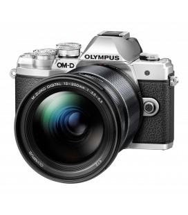 OLYMPUS  E-M10I MKIII CON 12-200MM NEGRA